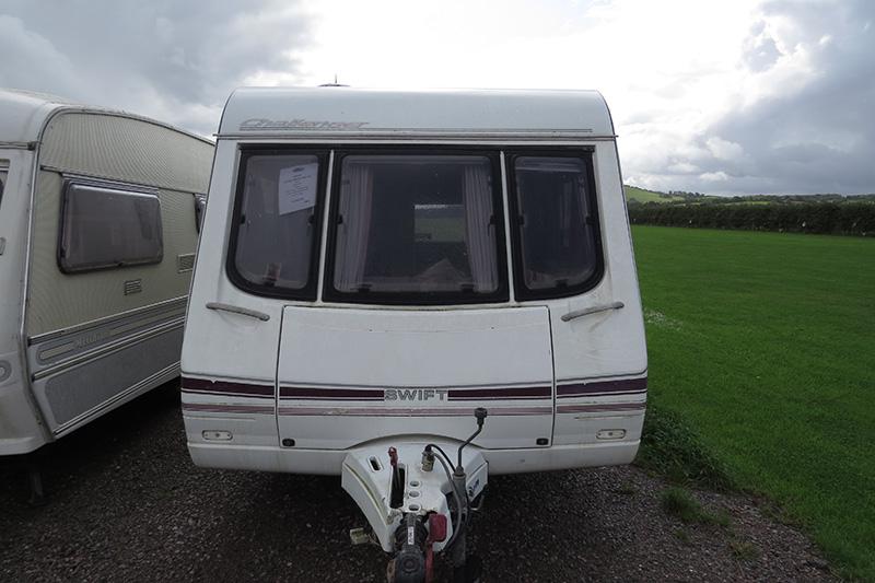 IMG_2918 Touring caravan 90