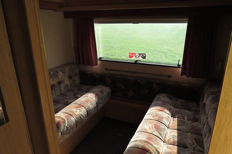 IMG_2922 Touring Caravan 90