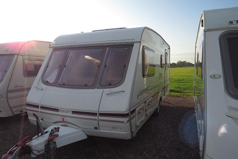 IMG_2944 touring caravan 91